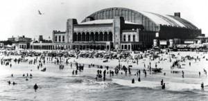 Built between 1929 and 1932, the arched roof of Boardwalk Hall was modeled after the clear-span train sheds of Europe and Philadelphia's Reading Terminal.