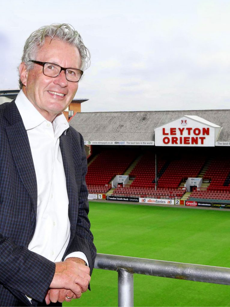 Nigel-Travis__LOFC-Chairman_005_Feat